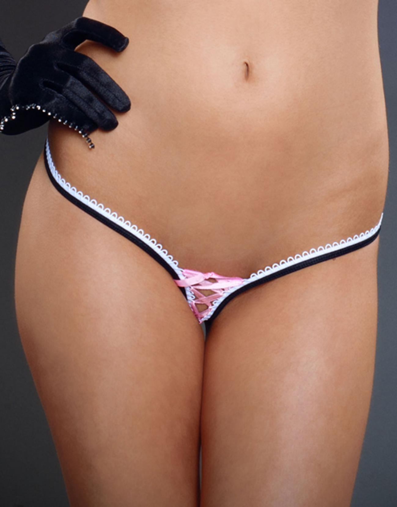 Sexy camel toe of wedgie gils in tight panties and skinny