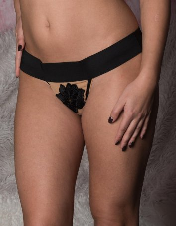 Floral Applique Thong Nude/Black
