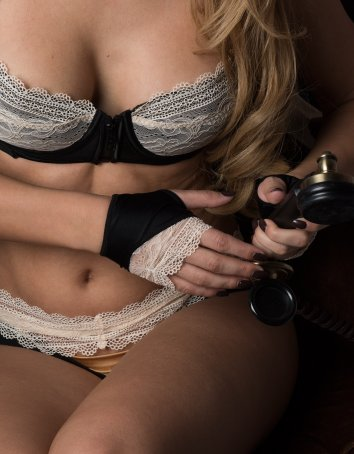 Lingerie Gloves with Lace Detail